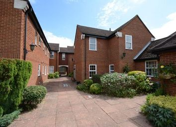 Thumbnail 2 bed flat to rent in Upper Village Road, Sunninghill, Ascot