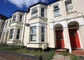 Thumbnail 2 bedroom flat for sale in Hermitage Road, Westcliff-On-Sea