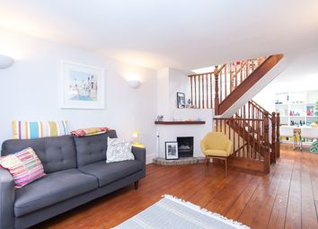 Thumbnail 2 bed cottage to rent in Thornhill Road, Islington