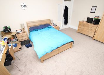 Thumbnail Room to rent in Brownlow Road - Room 3, Reading
