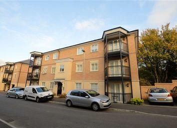 Thumbnail 2 bed flat to rent in Buckingham Road, Epping