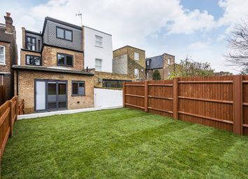 2 bed maisonette to rent in Ashmount Terrace, Murray Road, London W5