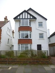 Thumbnail 1 bed flat to rent in Langdale Road, Hove