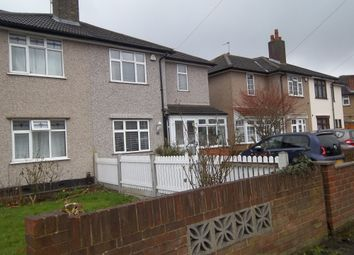 Thumbnail 1 bed flat to rent in Barkingside, Essex