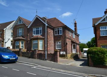 Thumbnail 2 bed flat to rent in Grove Avenue, Yeovil