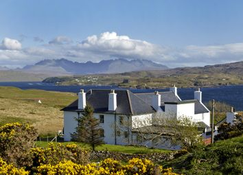 Thumbnail Hotel/guest house for sale in Ullinish Country Lodge, Struan, Isle Of Skye