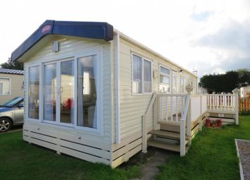 Thumbnail 2 bedroom mobile/park home for sale in Manor Road, Hayling Island