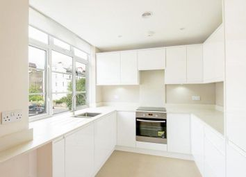 Thumbnail 2 bed flat to rent in Grove End Gardens, St Johns Wood