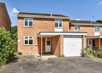 3 bed detached house for sale in Taylor Close, Bicester OX26