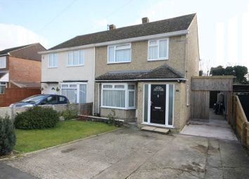 Thumbnail 3 bed semi-detached house for sale in Edinburgh Drive, Kidlington