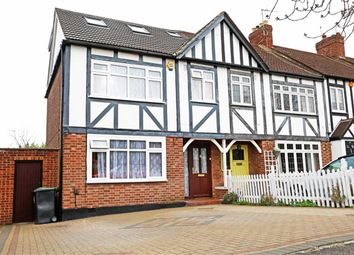 Thumbnail 4 bedroom end terrace house to rent in Buckhurst Way, Buckhursthill, Essex