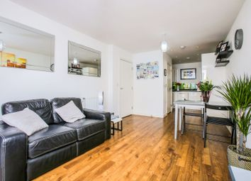 Whitestone Way, Croydon CR0. 2 bed flat for sale