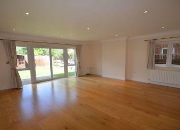 Thumbnail 4 bedroom flat to rent in Hatch Lane, Windsor