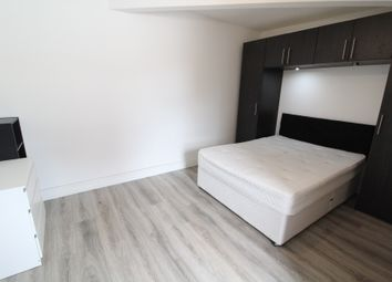 Thumbnail 3 bed flat to rent in Newark Road, South Croydon