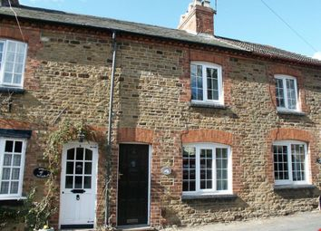 2 bed property to rent in Manor Road, Kingsthorpe, Northampton NN2