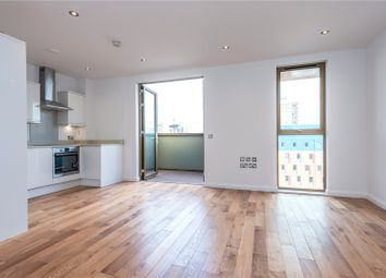 2 bed maisonette to rent in Crondall Street, London N1