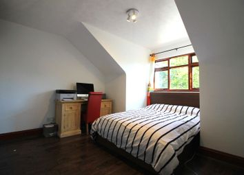 Thumbnail Room to rent in Holly Grove, Pinner