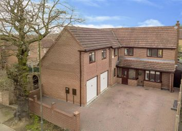 Thumbnail 6 bed detached house for sale in Springwood Drive, Oakwood, Derby