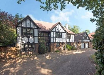 Thumbnail 5 bed property to rent in Oatlands Chase, Walton On Thames, Surrey