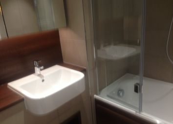 Thumbnail 2 bed flat to rent in 33 Pipit Drive, Putney