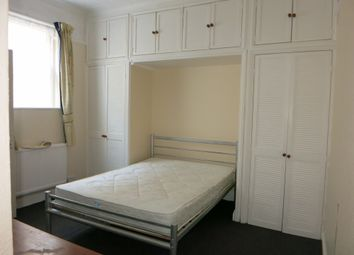 Thumbnail 1 bed flat to rent in Ewell Road, Surbiton