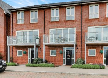 Thumbnail 4 bed town house for sale in Rotherfield Road, Wallingford