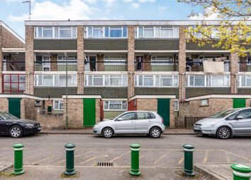 Thumbnail 3 bed flat for sale in Walton Court, Woking