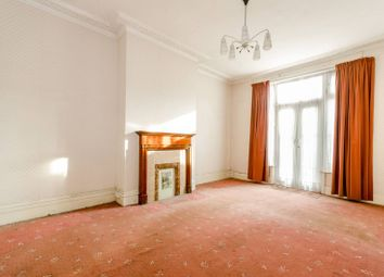 Thumbnail 5 bedroom property to rent in The Avenue, Turnpike Lane