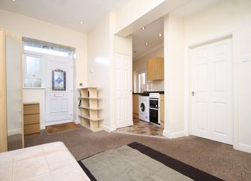 Thumbnail 1 bedroom flat to rent in Thorpe Crescent, Walthamstow, London