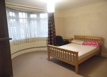 2 bed maisonette to rent in Albert Road, Harrow HA2