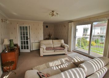 Thumbnail 2 bedroom flat for sale in West Rock Avenue, Coombe Dingle