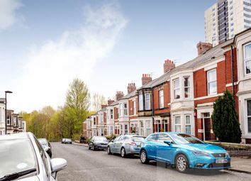 Thumbnail 6 bed maisonette to rent in Wolseley Gardens, Newcastle Upon Tyne