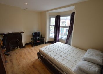 Thumbnail 3 bed flat to rent in Harrow Road, West End
