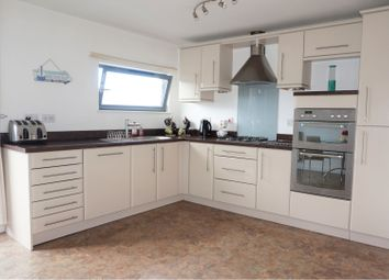 4 bed town house for sale in St. Stephens Court, Maritime Quarter SA1