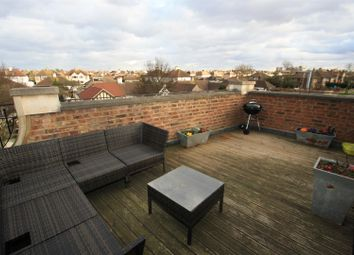Thumbnail 2 bedroom flat for sale in Feeches Road, Southend-On-Sea