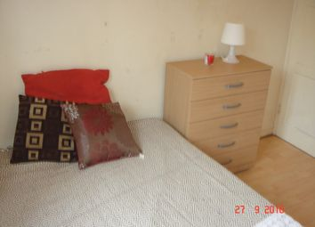 Thumbnail Room to rent in Talwin Street, London
