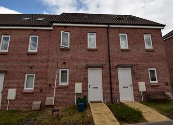 Thumbnail 3 bed town house to rent in Cedar Close, Cranbrook, Exeter