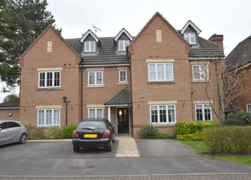 Thumbnail 2 bed flat to rent in George Close, Caversham, Reading
