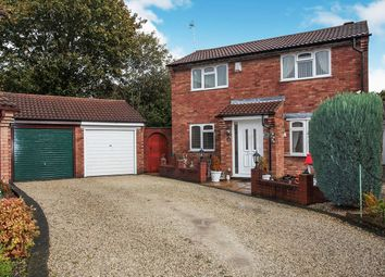 Thumbnail 3 bed detached house for sale in Ascot Close, Bedworth, Warwickshire