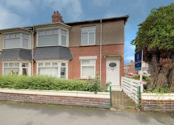Thumbnail 2 bed flat to rent in Gordon Road, Blyth