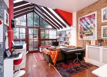Thumbnail 3 bed maisonette for sale in Milton Avenue, Highgate N6,