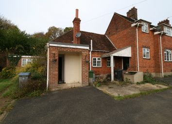 Thumbnail 2 bed bungalow to rent in Cliveden Rd, Taplow, Maidenhead