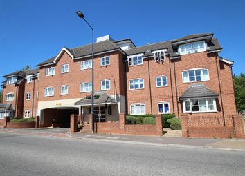 Thumbnail 2 bed flat to rent in Park Street, Aylesbury