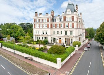Thumbnail 2 bed flat to rent in Molyneux Park Road, Tunbridge Wells