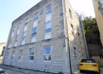 Fortuneswell, Portland DT5. 2 bed flat
