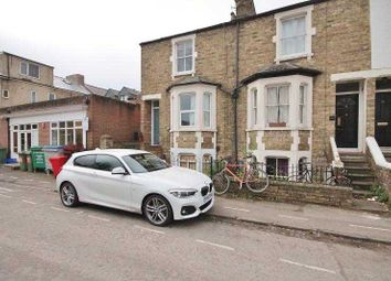 Thumbnail 1 bed flat to rent in Stanley Road, Oxford