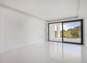 Thumbnail 2 bed apartment for sale in Spain, Costa Del Sol, Marbella, Atalaya, Mrb22357