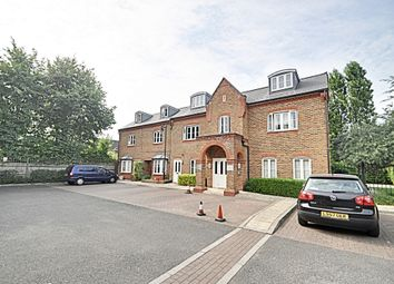 Thumbnail 1 bed flat for sale in Kingsleigh Close, Brentford