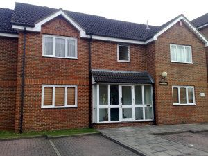 1 bed flat to rent in Gogmore Lane, Chertsey KT16