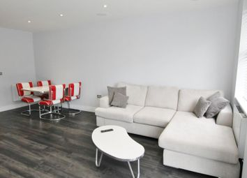 Thumbnail 1 bed flat to rent in Windsor Street, Chertsey